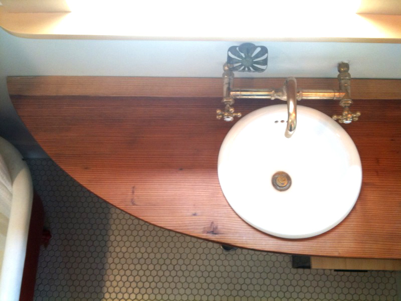 REDWOOD SINK COUNTER