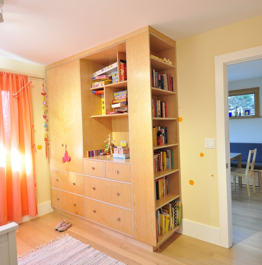 KIDS BEDROOM CABINET - BUILT BY STEVE COLEMAN