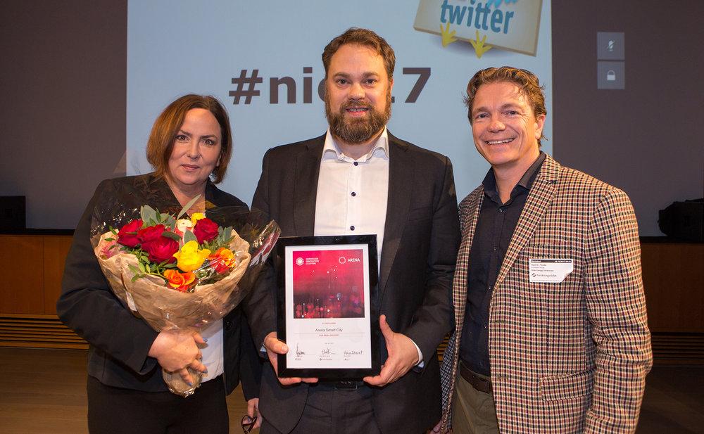 Daglig leder i Nordic Edge, Herbjørn Tjeltveit, flankert av Kristin Gustavsen, prosjektleder i Nordic Edge, og Hans Kristian Torske, seniorrådigver i Innovasjon Norge.