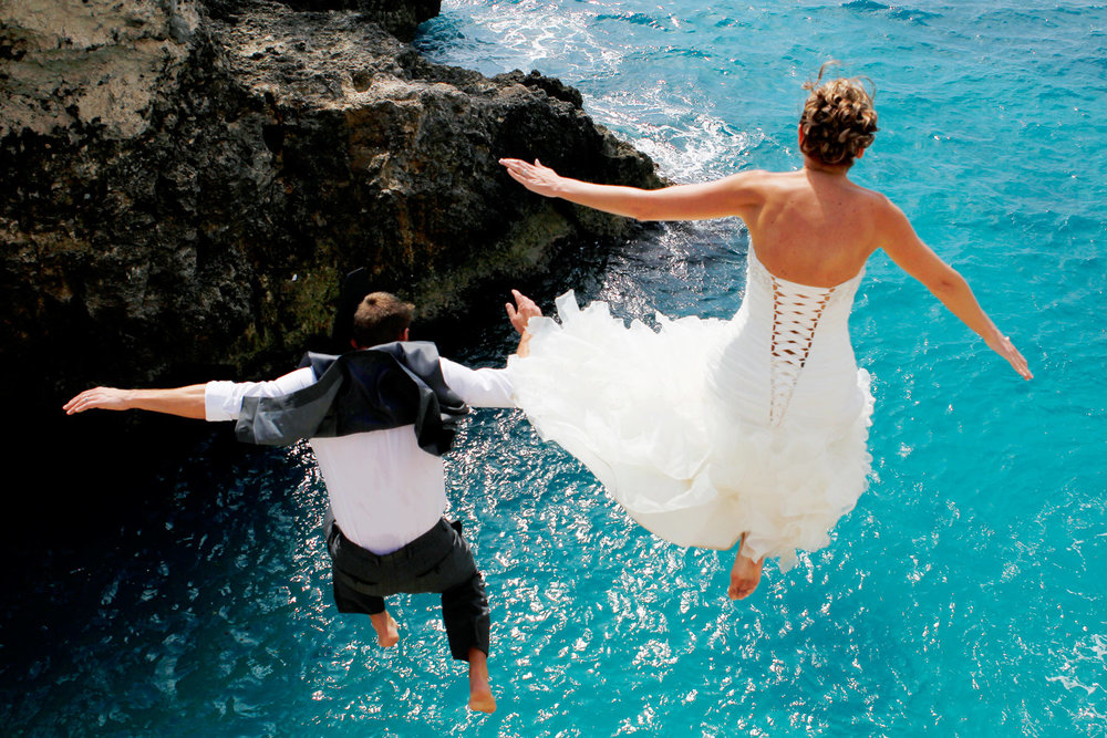 jamaica-rick's-cafe-cliff-jump-destination-wedding-ruthie-hauge-photography.jpg