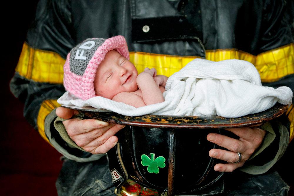 firefighter-newborn-portrait-ruthie-hauge-photography-geneva.jpg