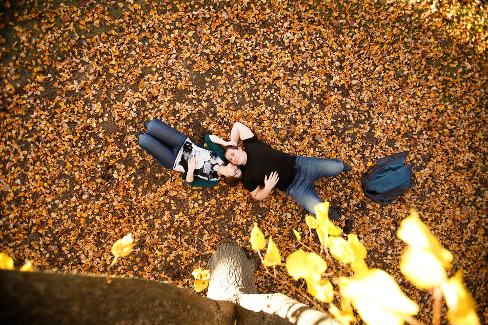 lake-ellyn-park-glen-engagement-session-fall-autumn-ruthie-hauge-photography.jpg