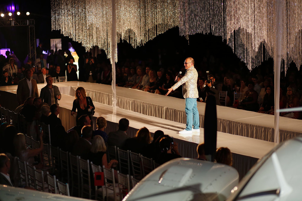 event-photography-gala-ruthie-hauge-fashion-show-dupage-airport-geneva-st-charles-jenny-mccarthy-donnie-wahlberg-13.jpg