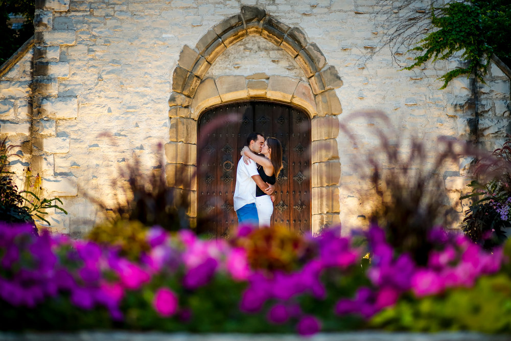 marquette-university-engagement-session-milwaukee-wi-photographer-joan-of-arc-chapel-ruthie-hauge-photography-wedding.jpg