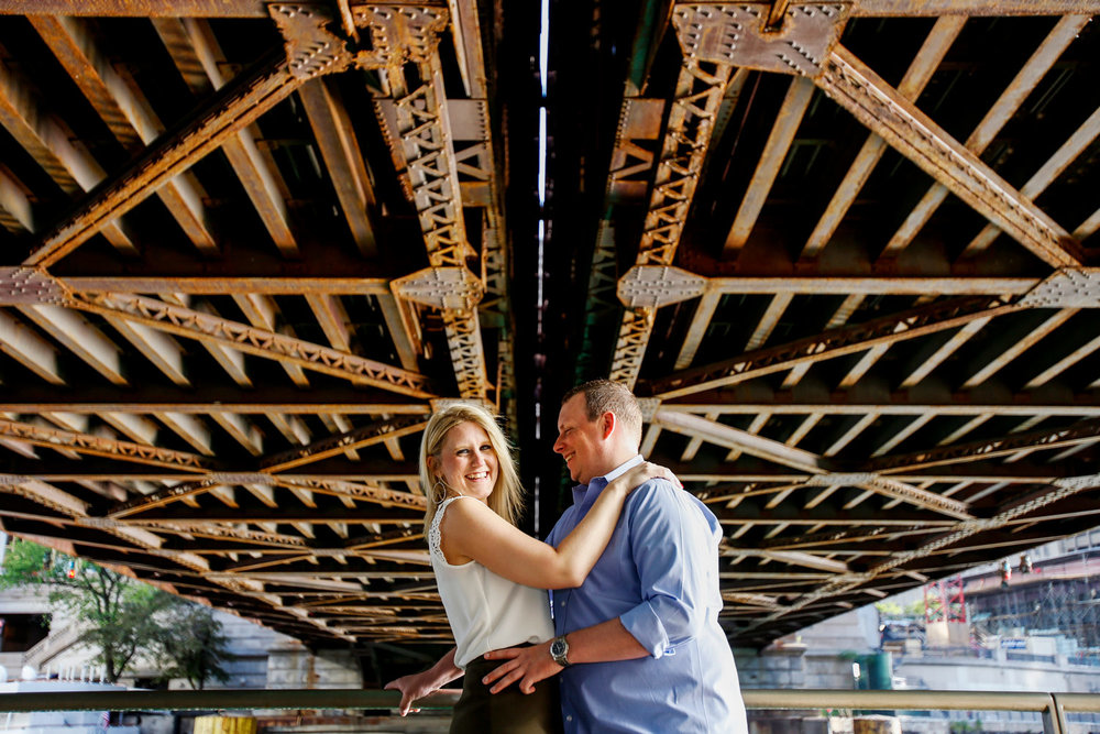 chicago-riverwalk-engagement-session-morning-wedding-ruthie-hauge-photography-madison-wi-photographer.jpg