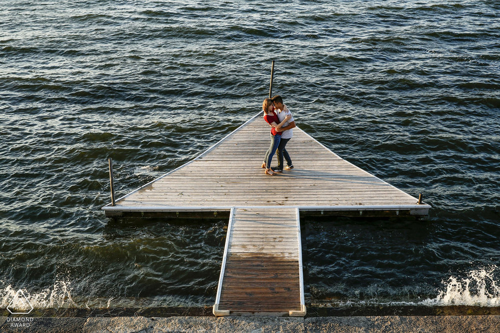 uw-madison-memorial-union-terrace-engagement-session-wedding-photographer-ruthie-hauge-photography-lake-mendota-arrow-pier.jpg