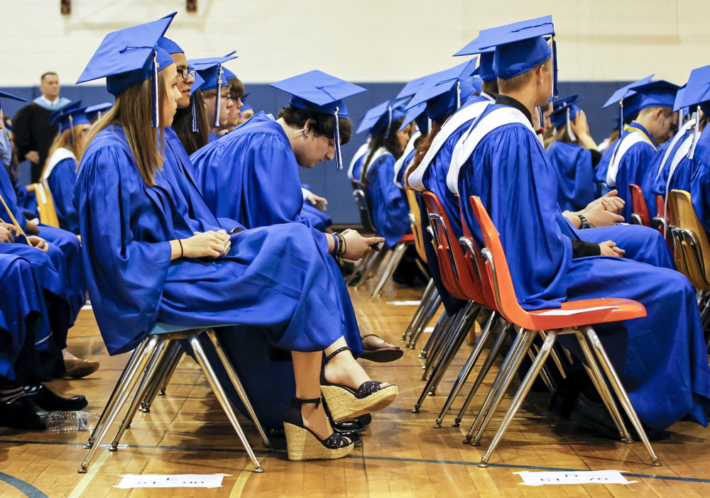 graduation-event-photographer-madison-wi-dane-county-ruthie-hauge-photography-2.jpg