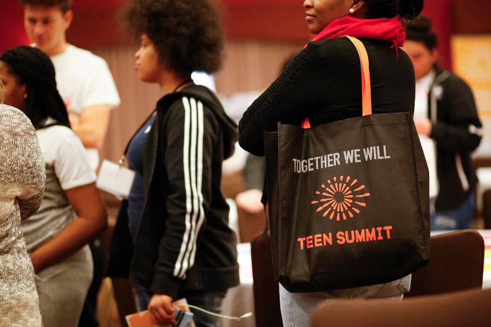 madison-wi-event-photographer-teen-summit-LGBTQ-black-lives-matter-013.jpg