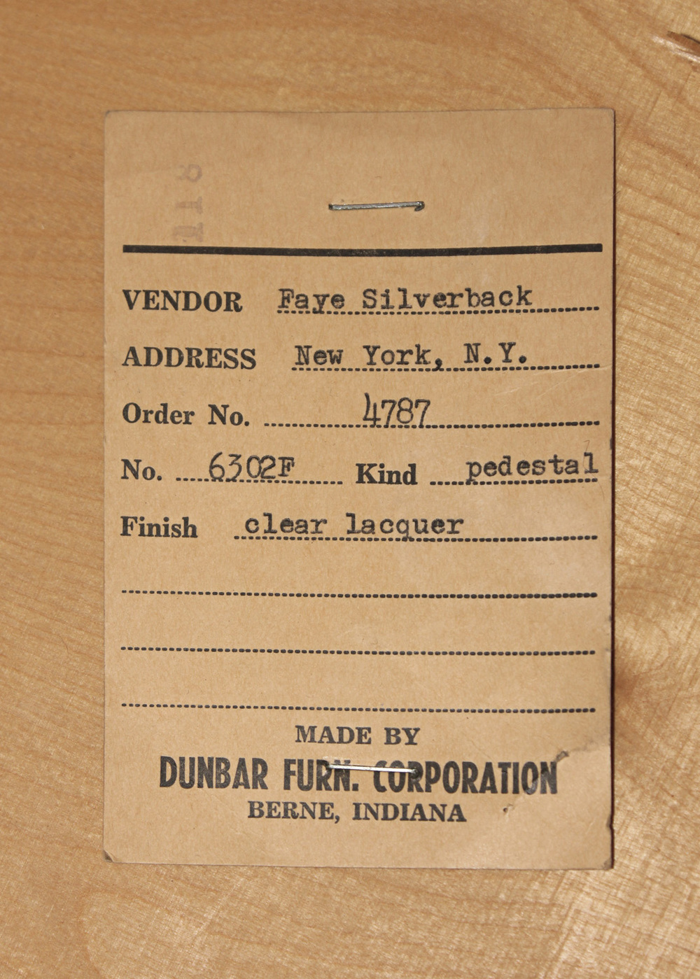 Dunbar 85 olive burl pedestal+gls coffeetable375 detail7 hires.jpg