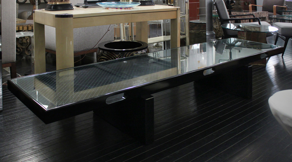 Montoya 95  blk lqr+wire glass top coffeetable385 detail4 hires.jpg