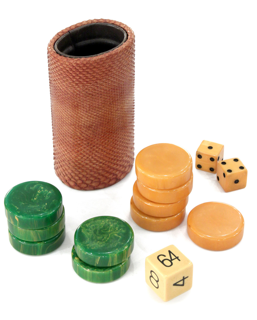 Springer 55 backgammon board gametable47 detail4 hires.jpg
