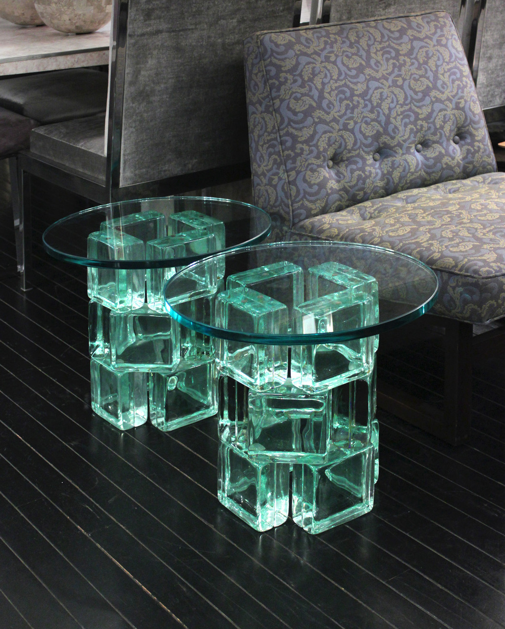 Beau 80s 45 IE Rnd Glass Block Occasionaltable137 Detail4 Hires