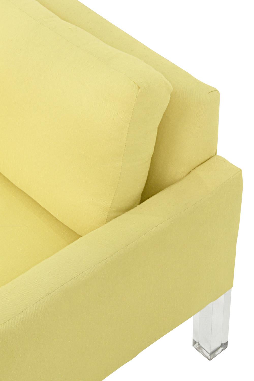 70's 120 lucite legs sofa88 detail5 hires.jpg