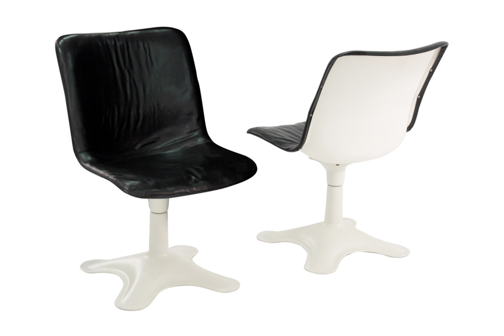 Kukkapuro 65 blk leather+white ba loungechairs107 hires.jpg
