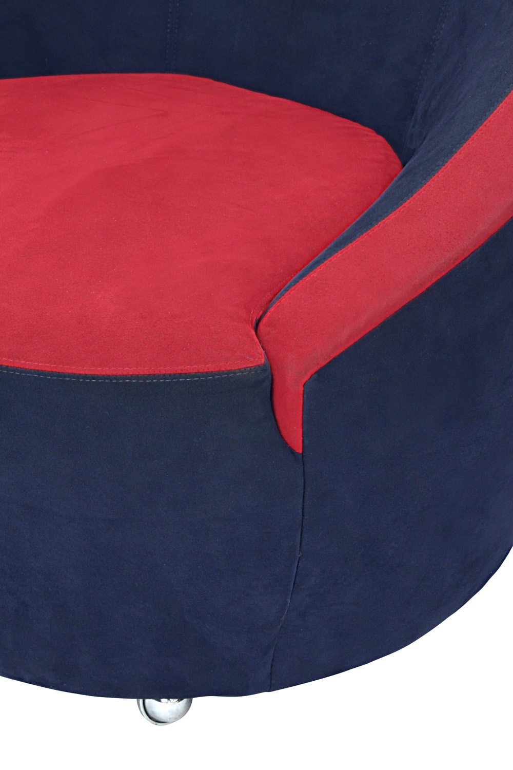 Kagan 35 swiveling Nautilus loungechair88 detail4 hires.jpg
