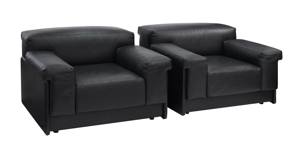 Probber 95 chunky black leather clubchairs46 hires.jpg