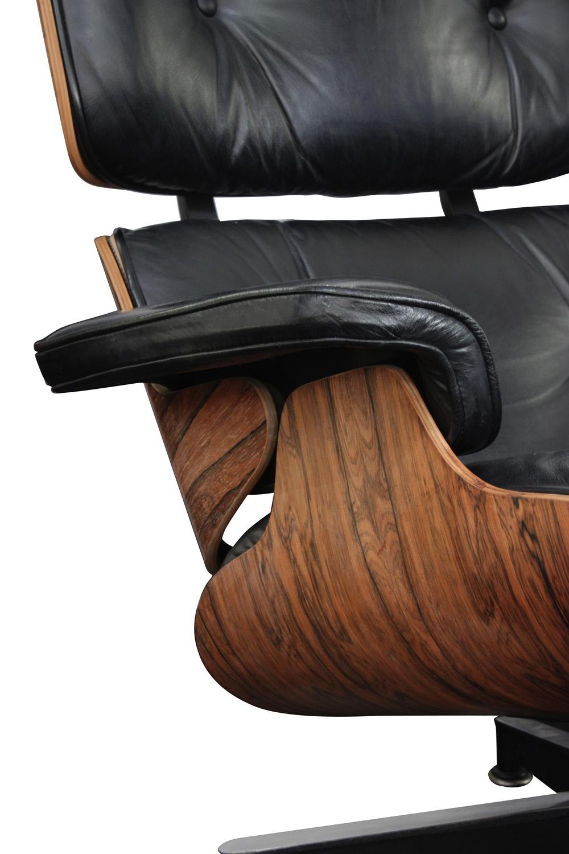 Eames 55 670+671 rosewd+blk lthr chair&ottoman58 detail5 hires.jpg