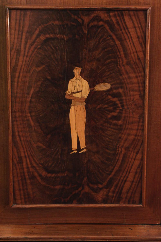 Diez 150 inlay 4 door backlit cabinet3 detail6 hires.jpg