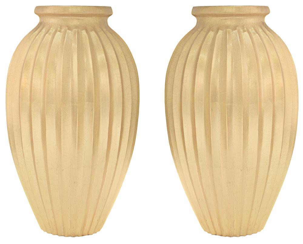 Springer 65 lrg gold fluted vases accessory137 hires.jpg