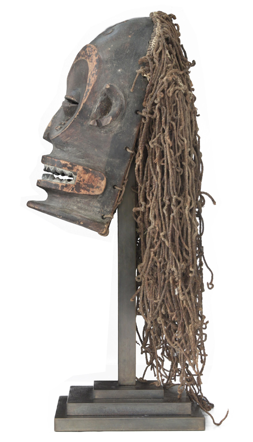 Springer 38 African mask Ekoi sculpture96 detail2 hires.jpg