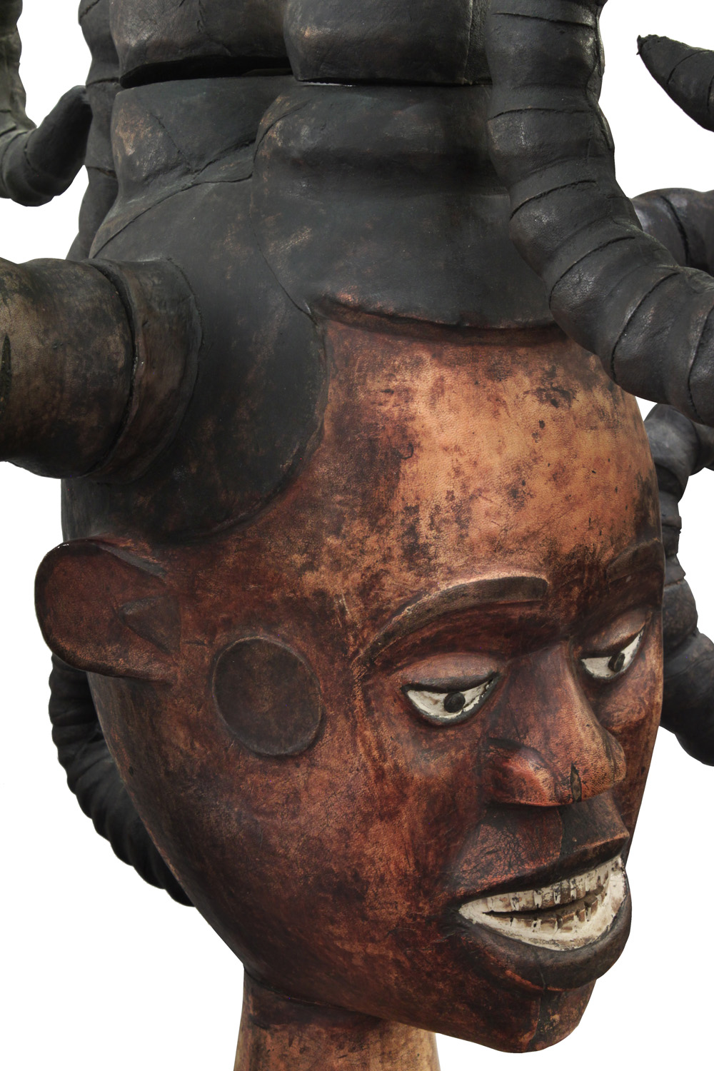 Springer 38 African Medusa sculpture98 detail3 hires.jpg