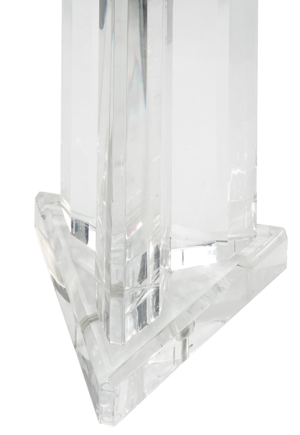 Prismatique 45 3edge lucite block tablelamp209 detail4 hires.jpg