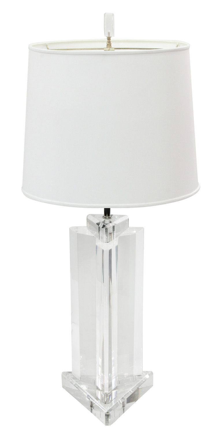 Prismatique 45 3edge lucite block tablelamp209 hires.jpg