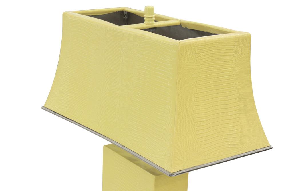 Springer 65 yellow lizard+shade tablelamp227 detail4 hires.jpg