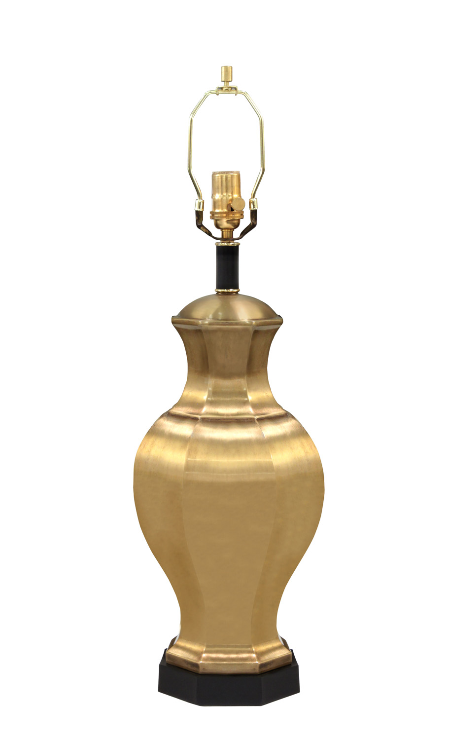 Chapman 50 brass jar tablelamps174 detail2 hires.jpg