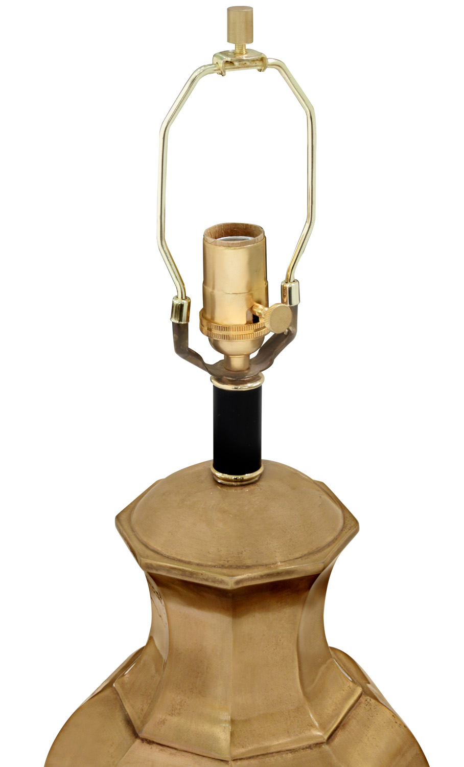 Chapman 50 brass jar tablelamps174 detail4 hires.jpg