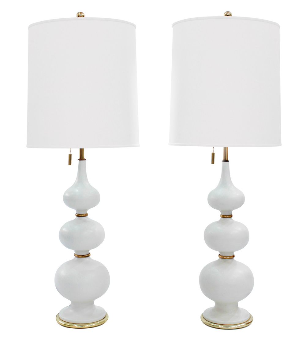 Hansen 45 white porc brass accent tablelamps310 hires.jpg