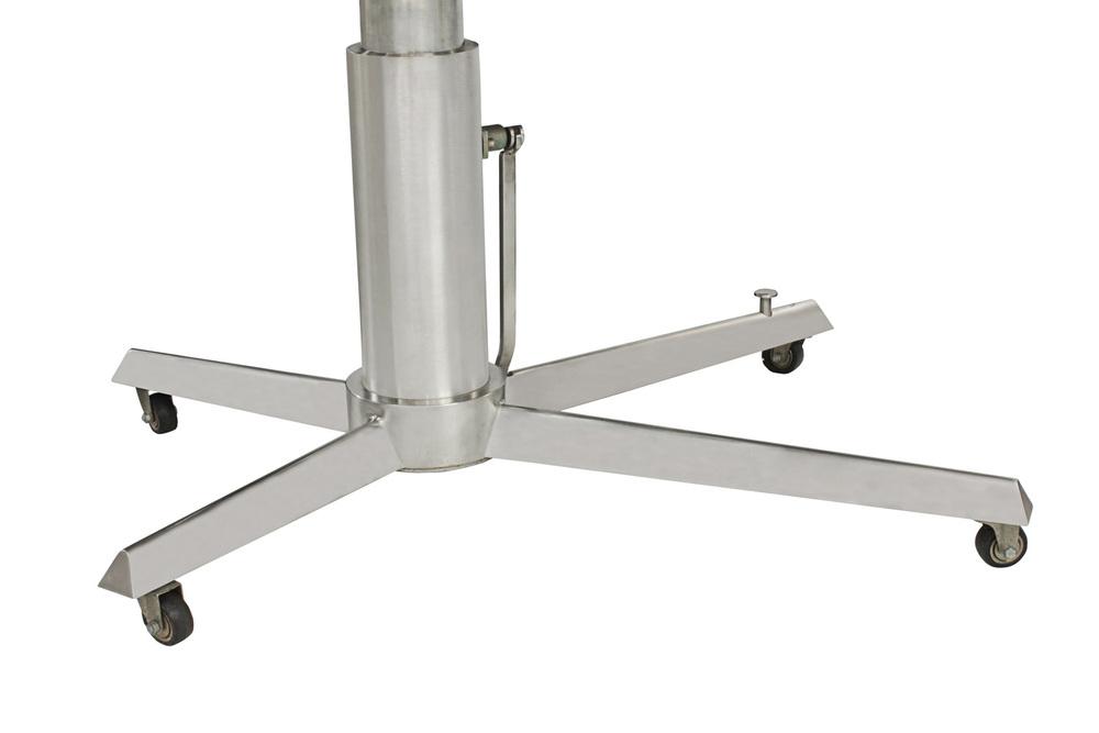 Crespi 3000 Punto '83 table11 detail2 hires.jpg
