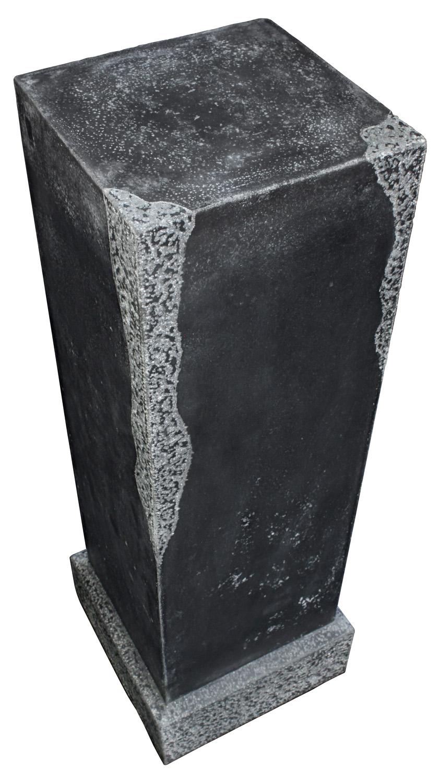 80's 55 solid blk granite pedestal19 detail2 hires.jpg