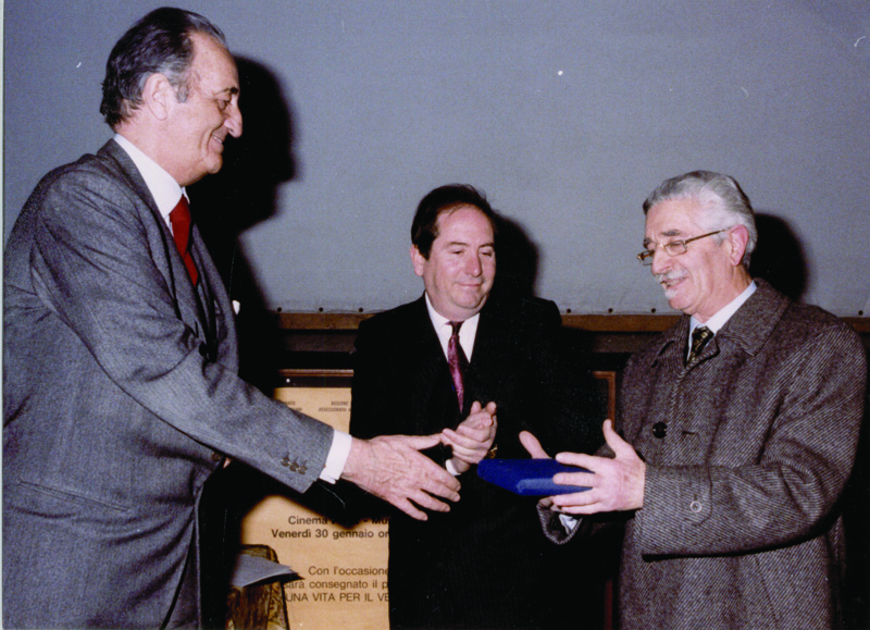 Anzolo Fuga on the occasion of an award from the Venetian Chamber of Commerce in 1987.