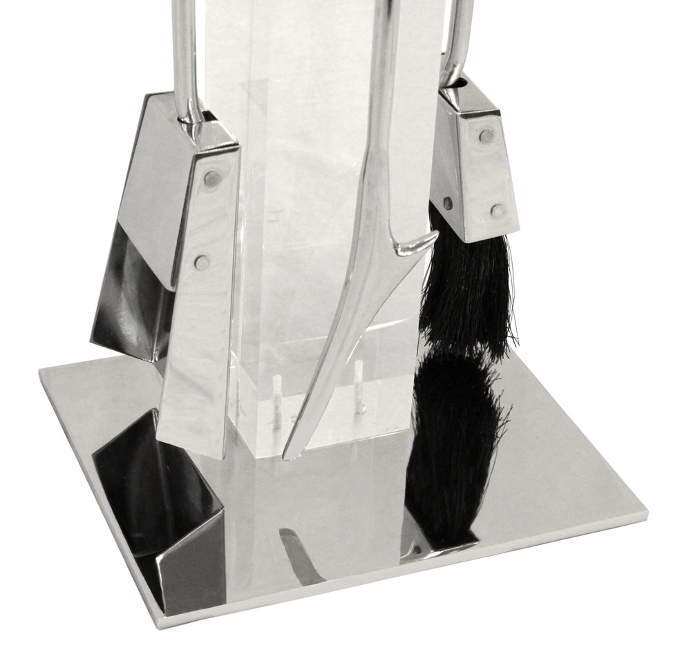 Albrizzi 25 lucite, chrome, blk handl base fireplace30 hires.jpg