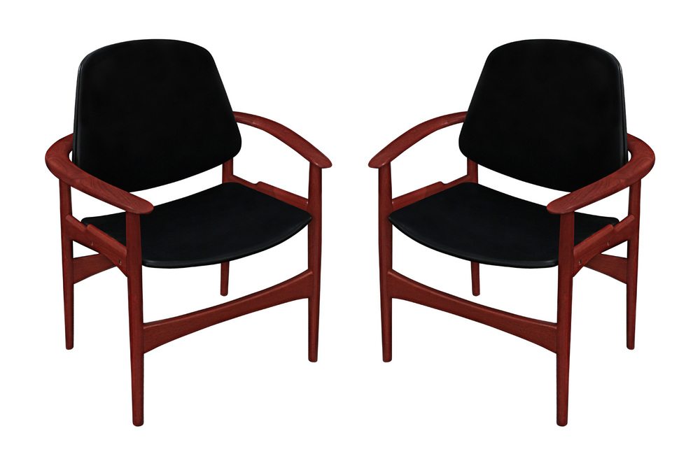Hovmand 45 Olsen teak+blk vinyl armchairs26 hires.jpg
