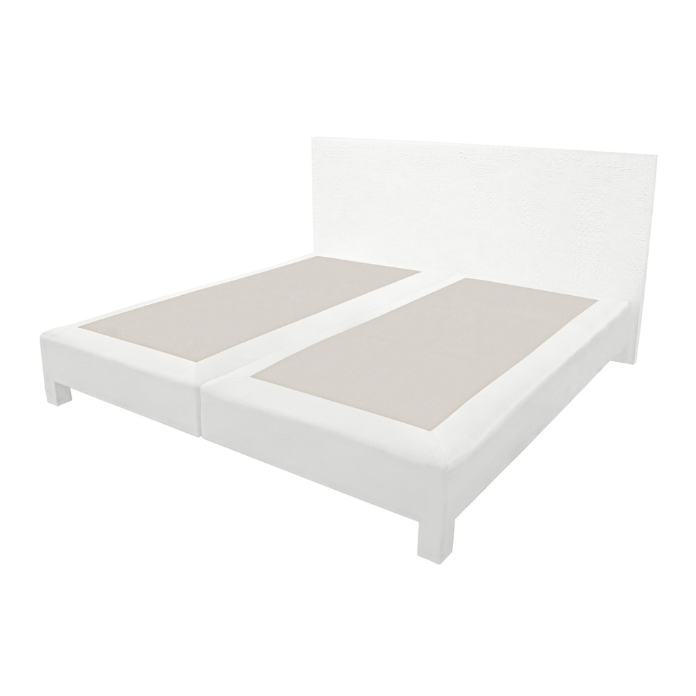 70s 75 king white emb croc bed6 hires main.jpg
