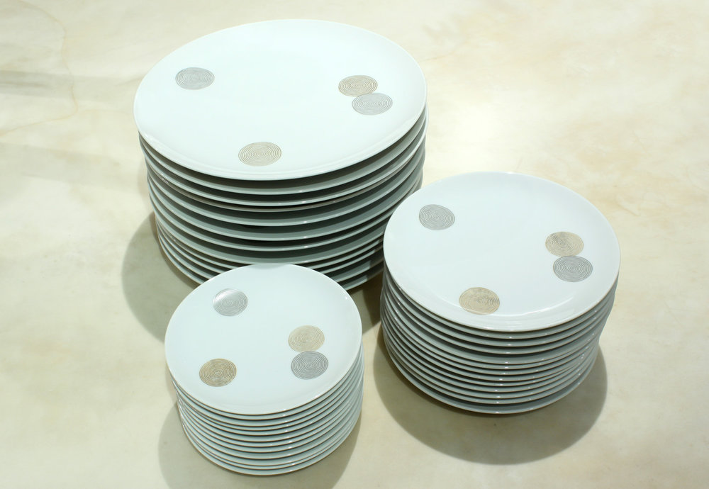 Raymond Loewy 25 dishes set12 accessory148 hires detail 6.jpg