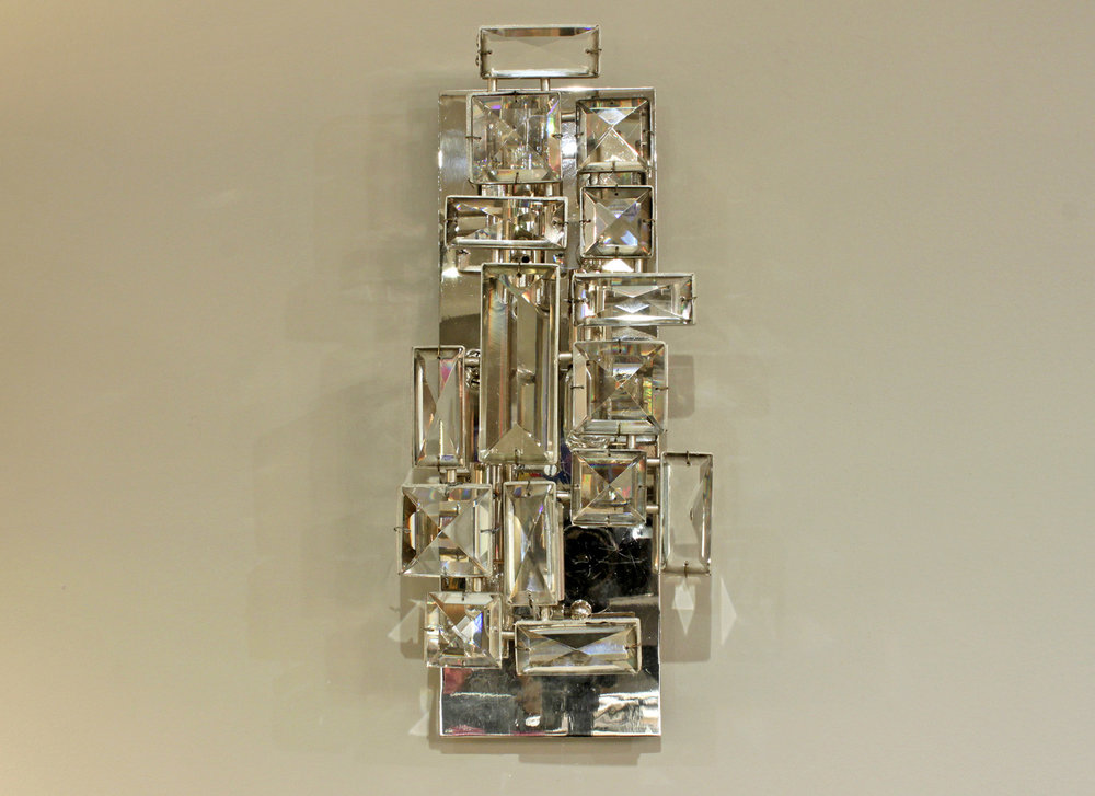Lobmeyr 65 sml faceted crystals sconce29 hires main detail 2.jpg