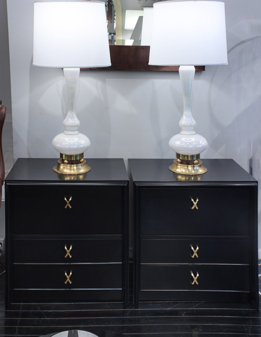 Frankl 95 Blk Satin nightstands70 detail7 hires.jpg