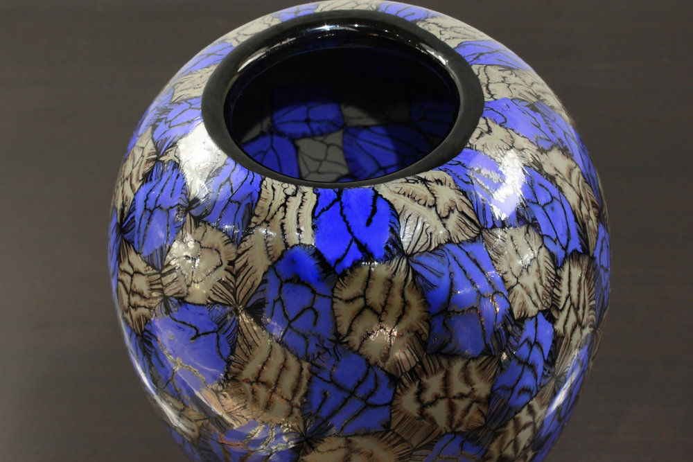 V Ferro 45 foot blue+gunmetal glass81 hires detail 2.jpg