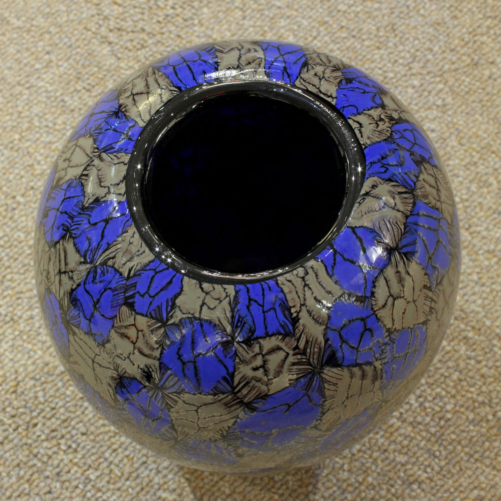 V Ferro 45 foot blue+gunmetal glass81 hires detail 3.jpg