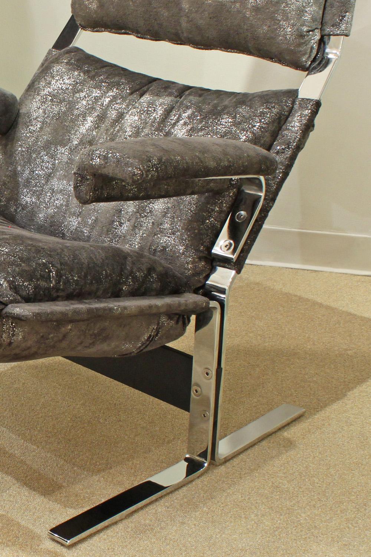 Hersberger Pace 85 steel+fabric chair&ottoman59 detail 2.jpg
