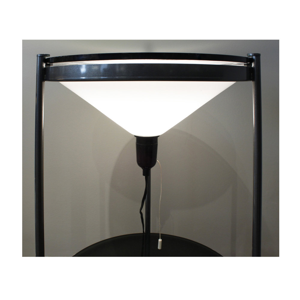 70s 55 iluminating top floorlamp170 hires detail 2.jpg