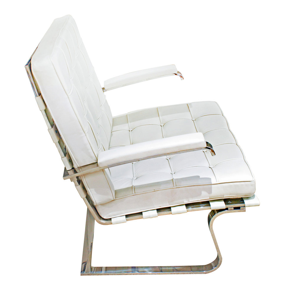 Rohe 150 Tugendhat white lthr loungechairs160 hires side.jpg