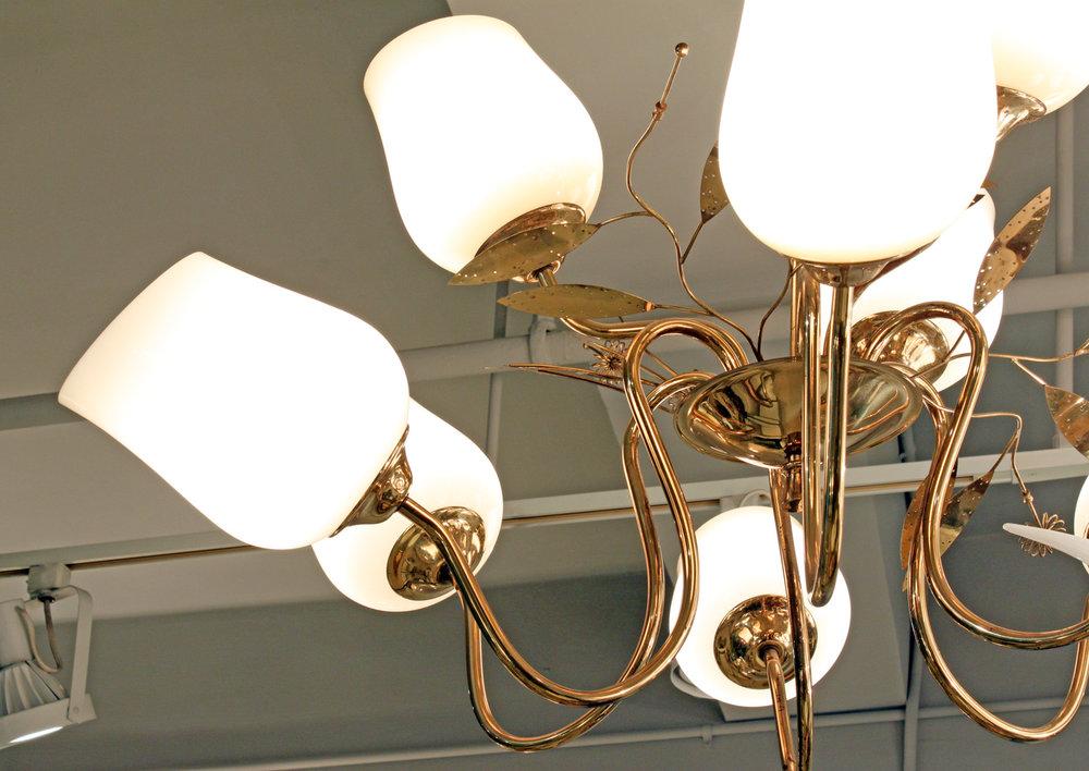 Tynell 150 brass+9amberglass shds chandelier224 hires detail3.jpg