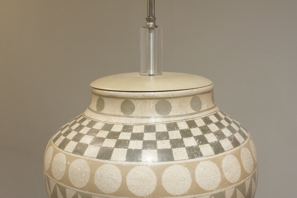 Trattoria G 55 ceramic geom decor tablelamp221 hires ceramic detail.jpg