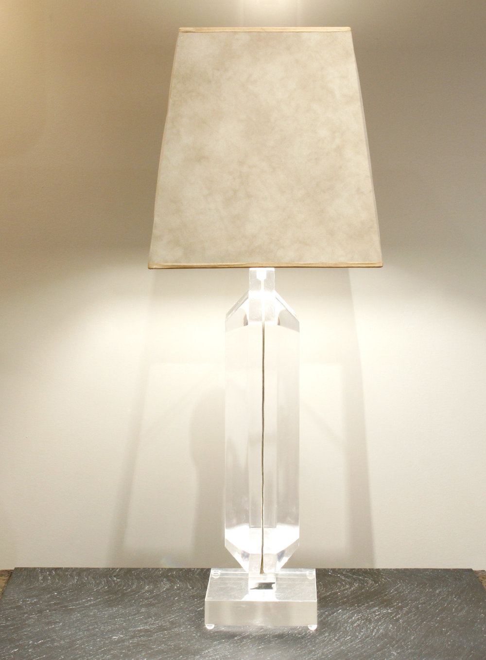 Prismatiques 35 lucite block tablelamp130 hires side.jpg
