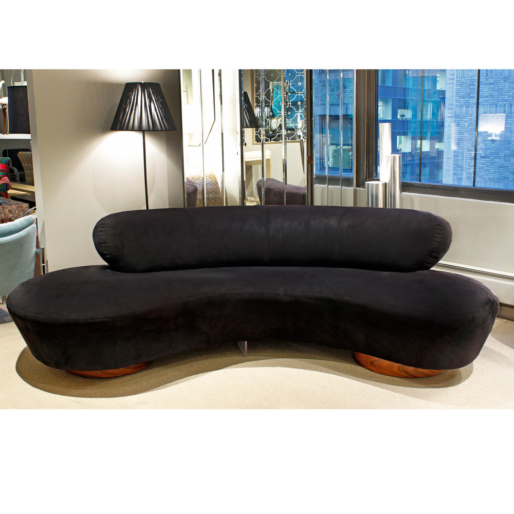 Kagan 150 Serpentine sofa sofa101 hires atm.jpg