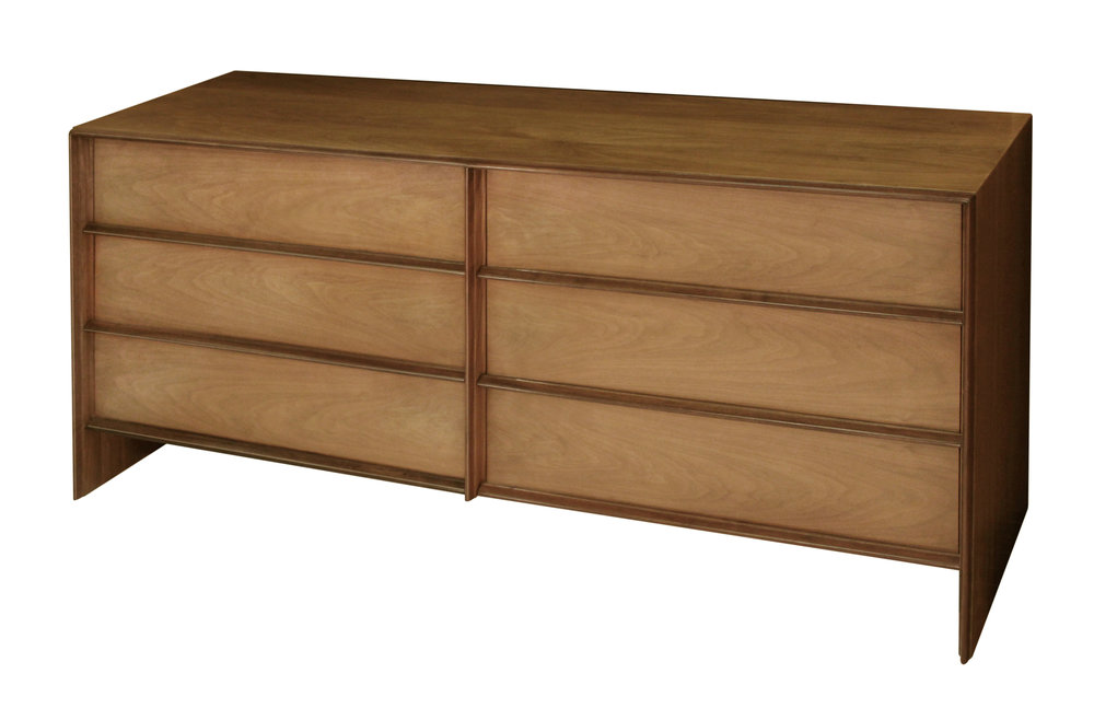 Gibbings 90 walnut framed out 6 d chestofdrawers125 hires.jpg